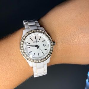 Fossil watch 💎 white on white 💎💰